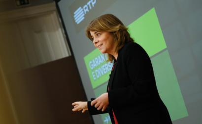 Os «objetivos de serviço público devem acompanhar os novos debates», nomeadamente a abordagem dos temas climáticas e da sustentabilidade, disse Catarina Martins.
