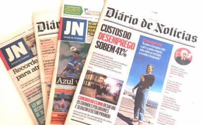 Capas do Diário de Notícias e Jornal de Notícias.