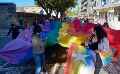 """""""LGBT, ou não, vem para a rua, sem opressão!"""", ouviu-se na Marcha LGBTI+ em Viseu."""