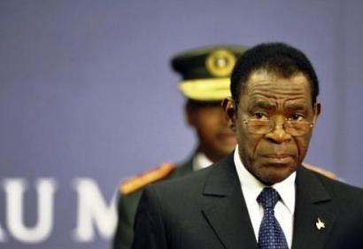 O parlamento português condena assim o regime de Teodoro Obiang de violar os direitos de 135 militantes da oposição, encarcerados sem acusação e por tempo indeterminado na prisão de Evinayong.