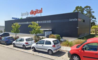 Janela Digital em Óbidos. Foto de despedimentos.pt.