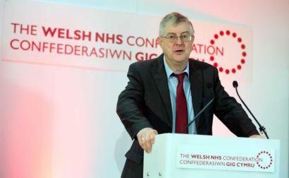 Mark Drakeford, primeiro-ministro de Gales, é da esquerda do Labour, tendo apoiado Jeremy Corbyn – Foto de NHS Confederation licenciado sob CC BY 2.0