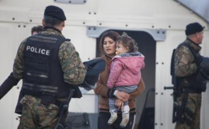 Mulher e criança migrantes, novembro de 2015.