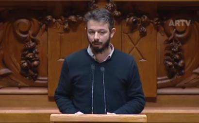 Moisés Ferreira no debate do estado de emergência no parlamento