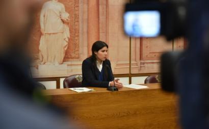 Mariana Mortágua apresentou, em conferência de imprensa, as propostas contra ascomissões bancárias abusivas. Foto de Rita Sarrico.