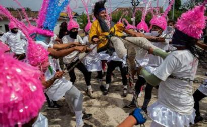 """Na Nicarágua, o Governo anunciou mais de 80 eventos públicos para os cidadãos e os turistas nos dias da páscoa - """"Arrastar o judas"""" em Masatepe"""