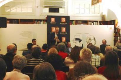 Na mesa estiveram os três autores e D. Januário Torgal Ferreira e José Manuel Sobral, que apresentaram. Foto de Catarina Oliveira