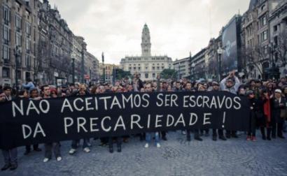 """""""Não aceitamos ser escravos da precariedade"""" - Foto de precarios.net"""