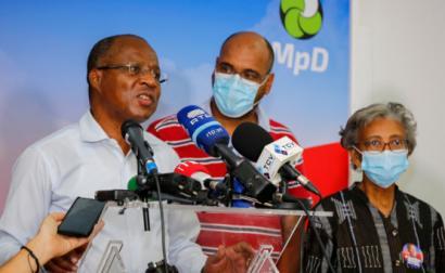 Presidente do MpD, Ulisses Correia e Silva, proclama a vitória nas eleições legislativas em Cabo Verde, 18 de abril de 2021 – Foto de Fernando de Pina/Lusa