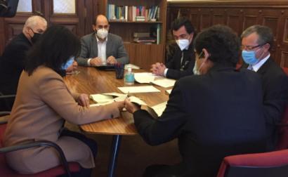 Reunião do líder parlamentar do Bloco de Esquerda com a delegação de autarcas independentes - Foto esquerda.net