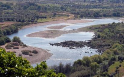 Caudal do rio Tejo junto à povoação de Ortiga, Mação, 2 de abril de 2019. Foto de Nuno Veiga/Lusa