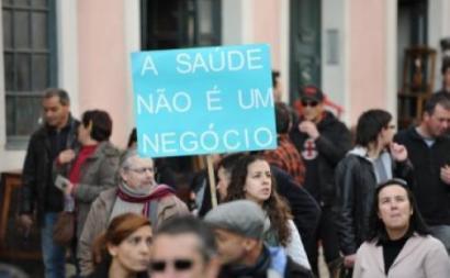 """""""A Saúde não é um negócio"""" - Foto Paulete Matos"""