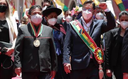 Tomada de posse do novo presidente da Bolívia Luis Arce e do vice-presidente  David Choquehuanca, desfile após a cerimónia de investidura em La Paz, Bolívia, 8 de novembro de 2020 – Foto de Martin Alipaz/Epa/Lusa