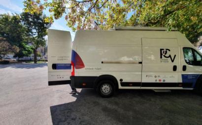 A trabalhar desde 2019, a unidade móvel de consumo assistido circula pelas freguesias lisboetas do Areeiro, Arroios e Beato.