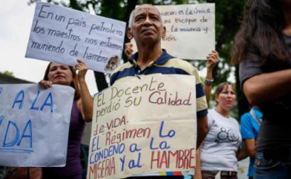 """Declaração assinala que a crise na Venezuela """"afeta dramaticamente todos los aspetos da vida de uma nação"""" - Foto de protesto de docentes em 15 de janeiro de 2019"""