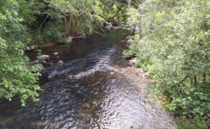 Rio Corgo. Foto do Interior do Avesso.