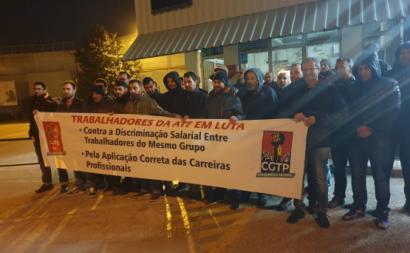 Trabalhadores do grupo Navigator em piquete de greve. Novembro de 2019.