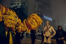 A comunidade científica vai sair à rua para protestar contra as restrições que Trump quer impor à investigação científica. Foto Alek.S/Flickr