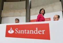 Banco Santander, por Fernando Villar, EPA/Lusa.