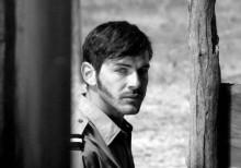 """O ator Miguel Nunes numa cena do filme """"Cartas da Guerra"""". Foto Cine Europa"""