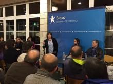 Catarina Martins intervém na sessão pública nas Caldas da Rainha.