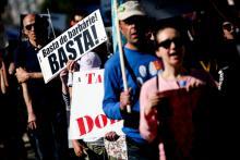 """Basta de barbárie"" - Marcha Animal 2017 – foto de Nuno Fox/Lusa"