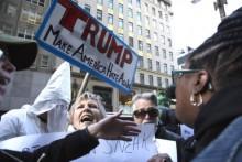 A contestação a Donald Trump vai aumentar na semana da sua tomada de posse. Foto de Q. Sakamaki- The Villager