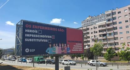 Cartaz do Sindicato dos Enfermeiros Portugueses.