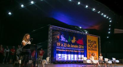 Plenária dos movimentos sociais do Forum Social Mundial, em 2016, em Porto Alegre. Foto: Guilherme Santos/Sul21