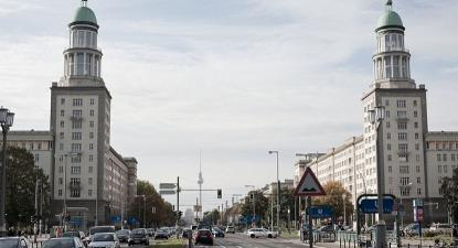 Karl Marx Allee, Berlim. Foto de SPNR/Flickr.