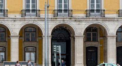 Sede do Supremo Tribunal de Justiça, Terreiro do Paço, Lisboa. Foto adaptada de xiquinhosilva/Flickr.