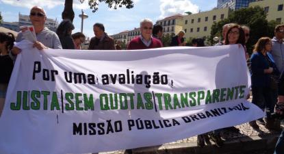 Faixa do Missão Pública Organizada na manifestação do Dia do Trabalhador, em Lisboa, no ano de 2018