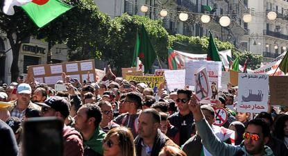 Manifestação em Argel.