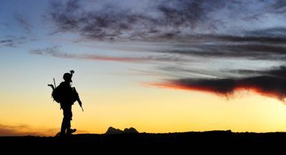 Soldado norte-americano em Rajankala, província de Kandahar, Afeganistão.