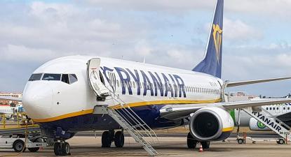 Ryanair acusada de greenwashing em campanha sobre emissões de carbono
