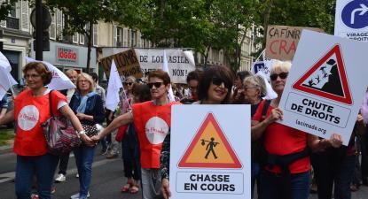 Marcha solidária com migrantes. Paris, junho de 2018.