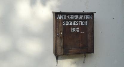 Caixa de sugestões contra a corrupção.