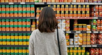 Prateleira de supermercado. Foto de Outras Palavras.