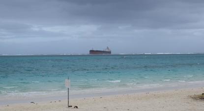 Navio MV Wakashio encalhado perto da Maurícia. Foto de Historic Mauritius/Flickr.