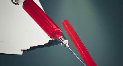 Lápis e agulha. Foto de Peter Toporowski/Flickr.