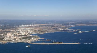 Porto de Sines – Foto de APS/wikipedia