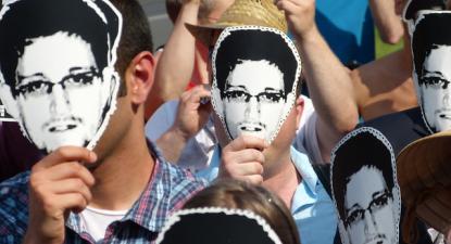 Manifestação de apoio a Snowden em Berlim. 2013.