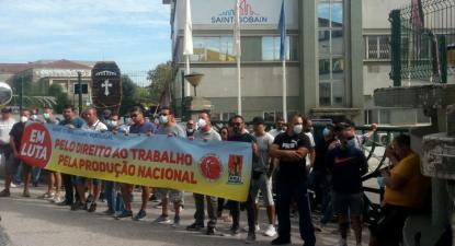 Trabalhadores da Saint-Gobain Sekurit - Foto da CGTP