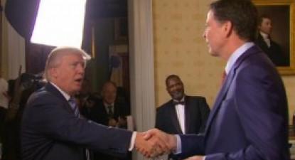 Donald Trump com James Comey na Casa Branca.