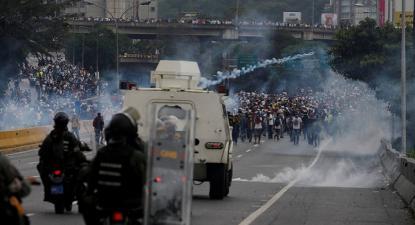 Protesto contra o governo de Maduro e repressão da GNB, Caracas, 2017