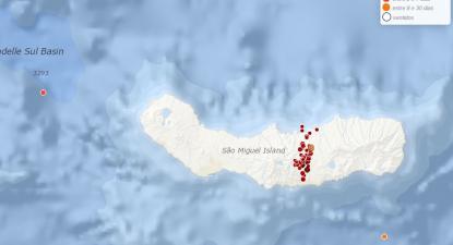 """Açores: crise sísmica pode prolongar-se por """"dias ou meses"""""""
