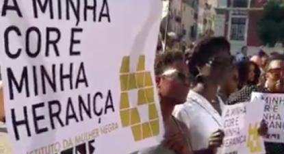 """""""A minha cor é minha herança"""", faixa do IMUNE em manifestação realizada em Lisboa a 15 de setembro de 2020"""