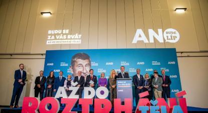 Movimento ANO do milionário populista Andrej Babiš foi derrotado nas eleições legislativas de 2021 na República Checa – Foto de Martin Divisek/Epa/Lusa