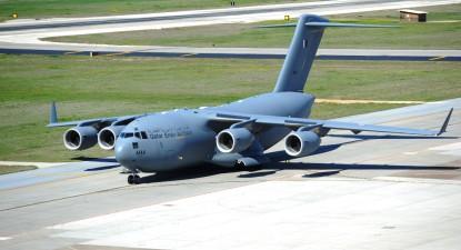C-17 da força aérea do Qatar. Foto por Clayton Lenhardt, U.S. Air Force. Wikimmedia Commons.