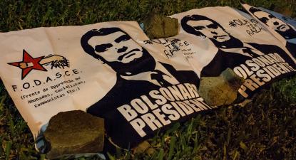 Cartaz de manifestação pró-Bolsonaro. Foto de Editorial J
